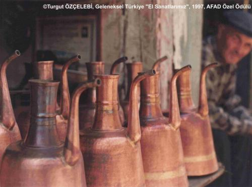 GT6FY-RENKLİ-AFAD-BAKIRLAR-TURGUT-OZCELEBI-1024x758